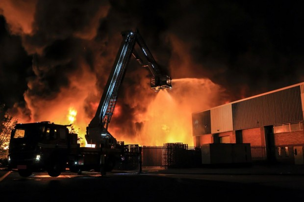 Large Fire at Smethwick Recycling Plant – Largest Blaze in the West Midlands